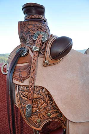 dozen roses custom western saddle